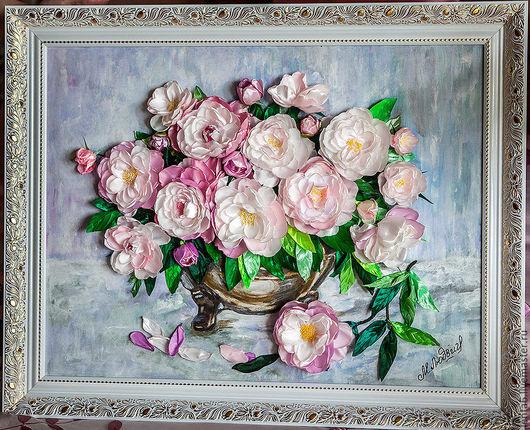 Картина`Нежные пионы` из коллекции ленточных работ от Марии Людвиг