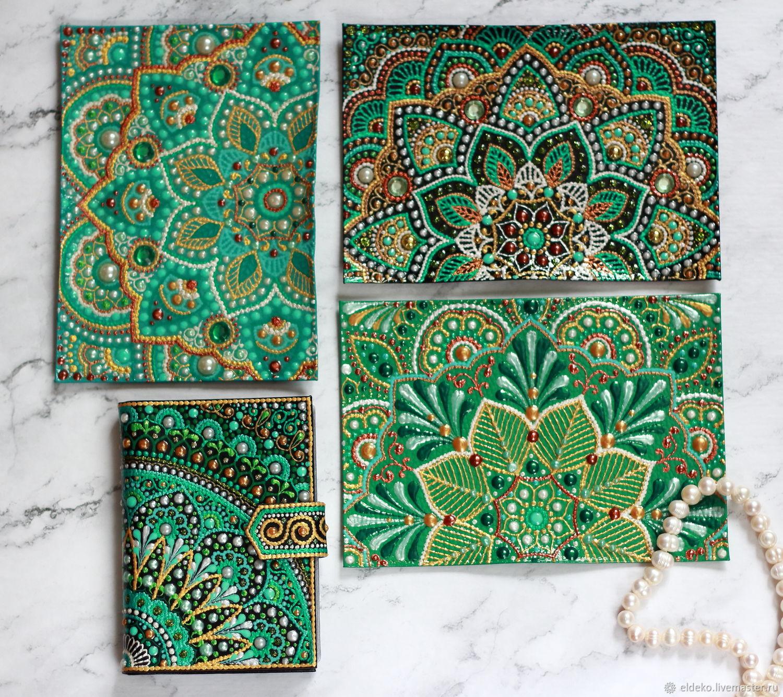 Блокноты ручной работы. Ярмарка Мастеров - ручная работа. Купить Зеленый набор: 3 кожаные обложки на паспорт и документница. Handmade.