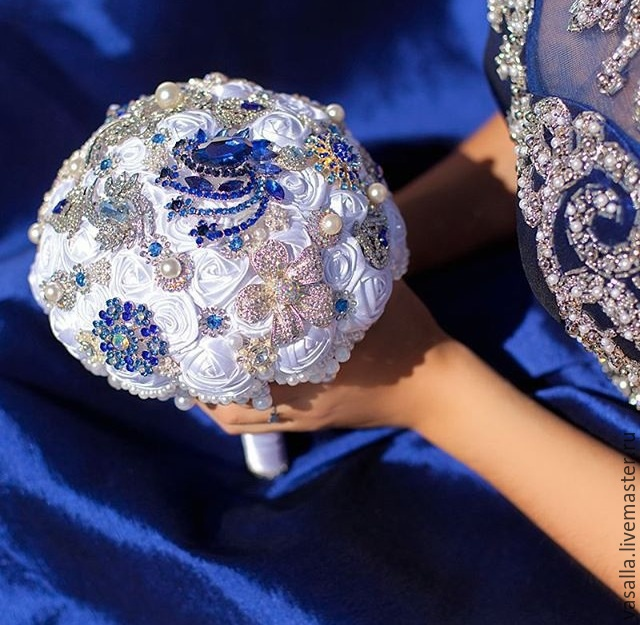 Brooch-Bouquet 'Diana'.White wedding brooch bouquet, Bouquets, Moscow, Фото №1