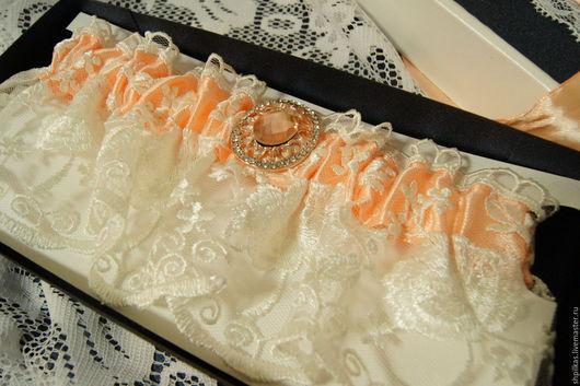 Одежда и аксессуары ручной работы. Ярмарка Мастеров - ручная работа. Купить Подвязка невесты. Handmade. Кремовый, подвязка на свадьбу