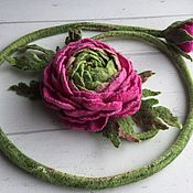 Аксессуары handmade. Livemaster - original item Belt and bracelet felted from wool Ranunculus. Handmade.