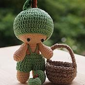 Куклы и игрушки ручной работы. Ярмарка Мастеров - ручная работа Пупсик вязаный Яблочко. Handmade.