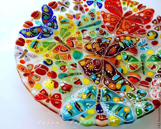 Тарелки ручной работы. Ярмарка Мастеров - ручная работа. Купить блюдо из стекла, фьюзинг  Бабочки летают. Handmade. Разноцветный