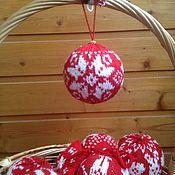 Подарки к праздникам ручной работы. Ярмарка Мастеров - ручная работа Ёлочный шарик со снежинкой. Handmade.