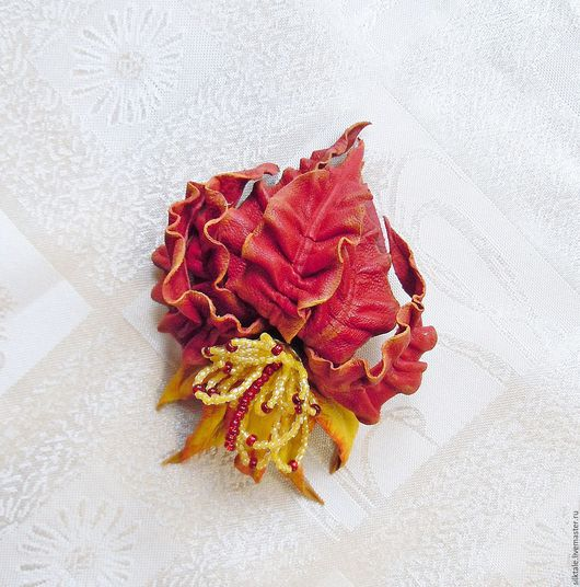 Броши ручной работы. Ярмарка Мастеров - ручная работа. Купить Цветок из кожи Огонь  Брошь из кожи, украшение из кожи. Handmade.