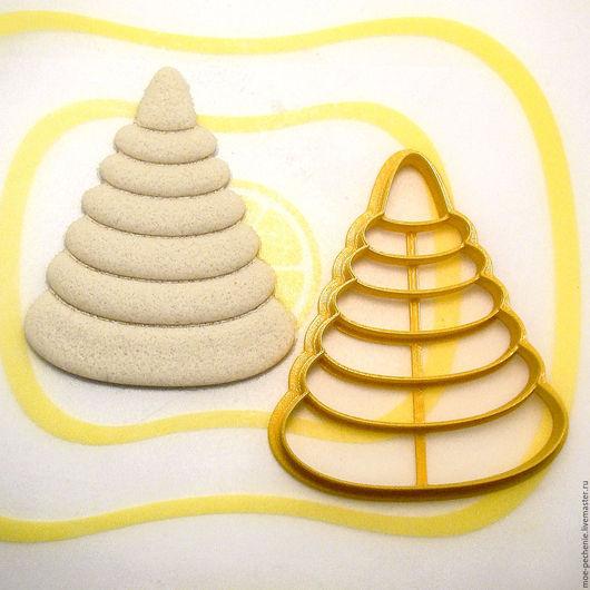Пирамидка. Вырубка-штамп для пряников, поделок из соленого теста. Пример вырубки на соленом тесте.