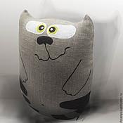 Куклы и игрушки ручной работы. Ярмарка Мастеров - ручная работа Игрушка-подушка кот Васисуалий. Handmade.