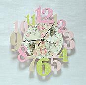 """Для дома и интерьера ручной работы. Ярмарка Мастеров - ручная работа Часы""""Розовый леденец""""розовый салатовый бежевый детская. Handmade."""