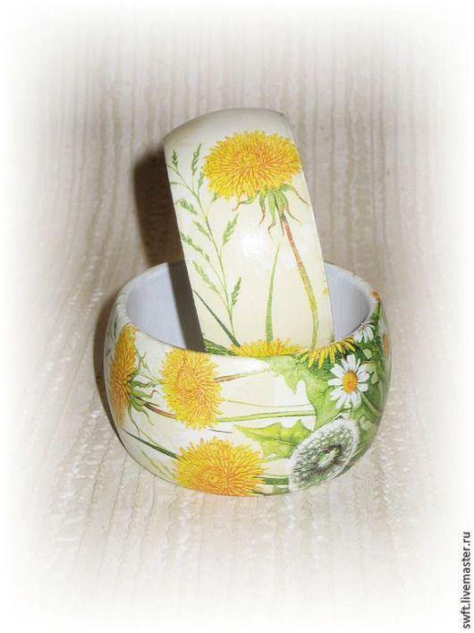 белый молочный желтый красивый летний женский недорогой деревянный браслет недорого красиво подарок что подарить девушке женщине сестре подруге маме жене на 8 марта день рождения одуванчик василек