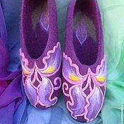 Обувь ручной работы. Ярмарка Мастеров - ручная работа Ирисы в сиреневом тумане... валяные тапочки. Handmade.