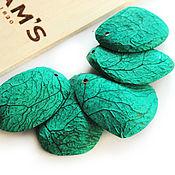 Материалы для творчества handmade. Livemaster - original item Pendant Cut of a walnut tree Panga juicy greens. Handmade.