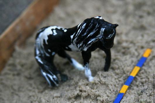 Игрушки животные, ручной работы. Ярмарка Мастеров - ручная работа. Купить Фигурка лошади породы Пинто. Handmade. Комбинированный, лошадка