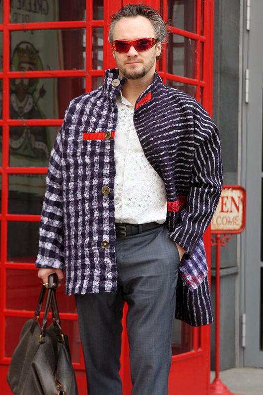 Валяное пальто, шерстяное пальто, синее пальто,  пальто в клетку, пальто в полоску,  войлочное пальто, пальто ручной работы, мужское пальто, мужское шерстяное пальто. Купить пальто. Любовь Егорова.