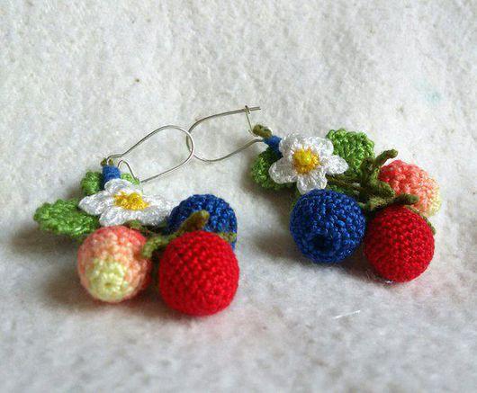 Серьги ручной работы. Ярмарка Мастеров - ручная работа. Купить Вязаные ягодные серьги. Handmade. Ягоды, синий, вощёный шнур
