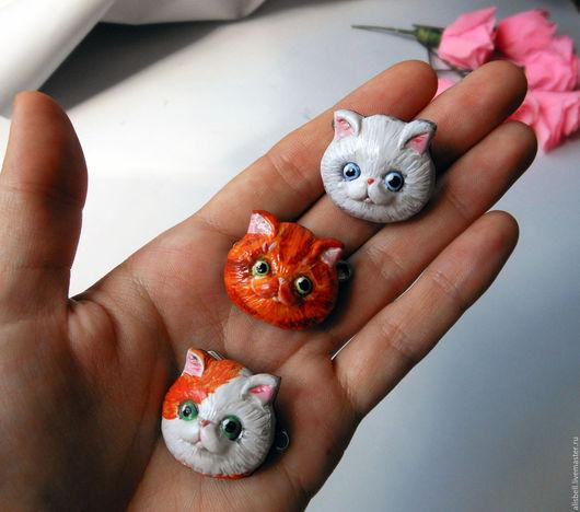 Броши ручной работы. Ярмарка Мастеров - ручная работа. Купить Броши котики. Handmade. Рыжий, для любителей кошек, полимерная глина
