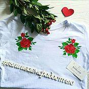 """Одежда ручной работы. Ярмарка Мастеров - ручная работа Футболка с вышивкой """"Розы"""". Handmade."""