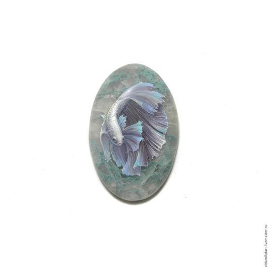 Роспись по камню ручной работы. Ярмарка Мастеров - ручная работа. Купить Рыбка на шаттуките. Handmade. Морская волна, аквариум, миниатюра