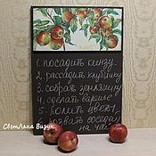 """Для дома и интерьера ручной работы. Ярмарка Мастеров - ручная работа Меловая доска """"Яблочки"""" в интерьер загородного дом. Handmade."""