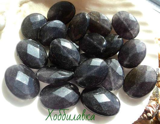 Бусины натурального черного нефрита с огранкой  Размер камня 18x 12 мм Размер отверстия 1,5 мм