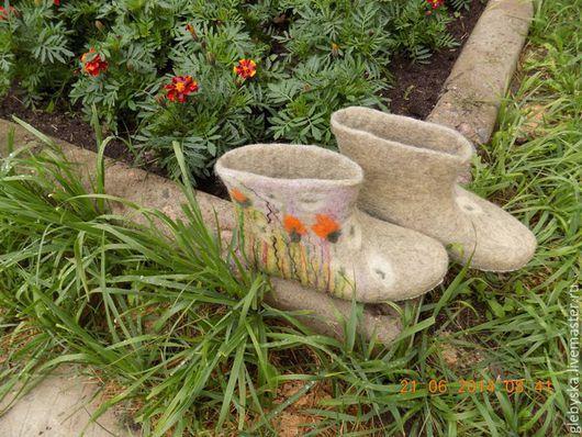 """Обувь ручной работы. Ярмарка Мастеров - ручная работа. Купить Тапочки """"Одуванчики"""". Handmade. Минимализм, 100% шерсть"""