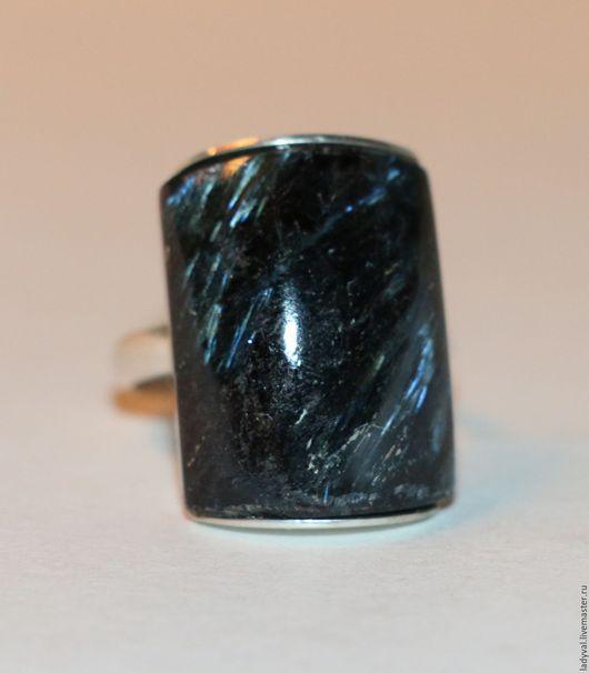 """Кольца ручной работы. Ярмарка Мастеров - ручная работа. Купить Кольца""""ЗВЁЗДНЫЙ ДОЖДЬ""""-нуумит-нууммит-астрофиллит-серебро 925%.. Handmade."""