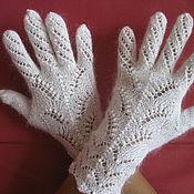 Перчатки ручной работы. Ярмарка Мастеров - ручная работа 04.Перчатки вязаные,белые,пуховые,теплые,изящные,ажурные, аксессуары. Handmade.