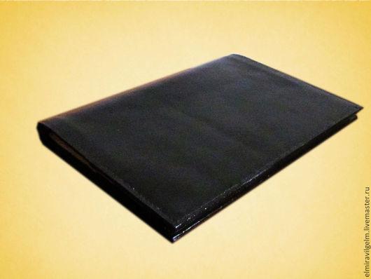 Обложки ручной работы. Ярмарка Мастеров - ручная работа. Купить Кожанная обложка на блокнот формата А4. Handmade. Черный