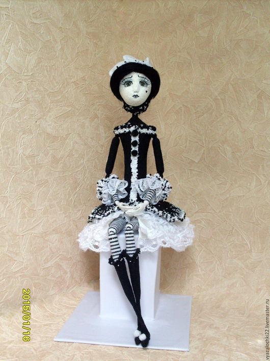 Коллекционные куклы ручной работы. Ярмарка Мастеров - ручная работа. Купить Пьеретта. Handmade. Пьеро, текстильная кукла, вязаная игрушка