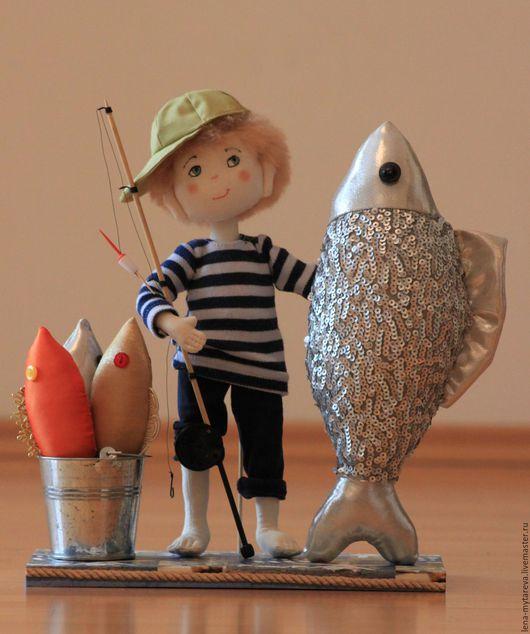Человечки ручной работы. Ярмарка Мастеров - ручная работа. Купить Рыбачок. Handmade. Разноцветный, рыба, хлопок, Пряжа для валяния