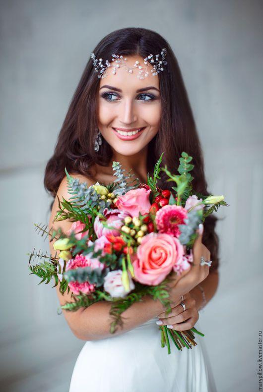 Нежная свадебная веточка в прическу для невесты! Свадебное украшение ручной работы! Дополнит любую свадебную прическу! Можно закрепить шпилькой, неведимками! Можно сделать в золотом исполнение!