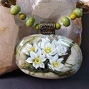 Украшения handmade. Livemaster - original item Pendant with lacquer miniature White flowers dream-grass Jasper. Handmade.