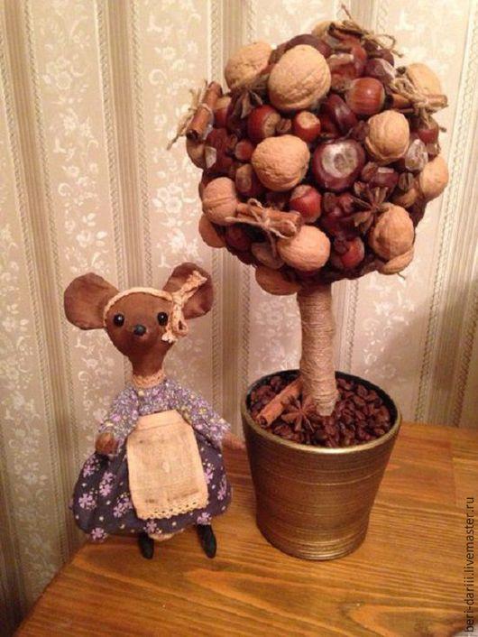 Деревце кофейно-ореховое очень ароматное выполненное из орехов, каштанов, кафе, корицы, аниса