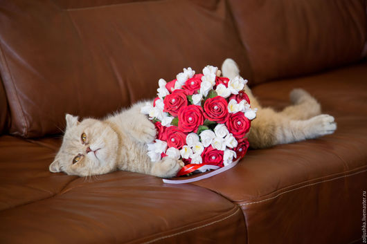 Свадебные цветы ручной работы. Ярмарка Мастеров - ручная работа. Купить Свадебный букет из красных роз и фрезий.. Handmade. Комбинированный