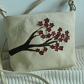 Сумки и аксессуары handmade. Livemaster - original item handbag over the shoulder. bag with applique. Sakura Burgundy-beige. Handmade.
