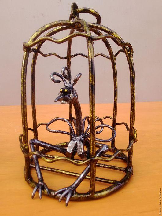 Приколы ручной работы. Ярмарка Мастеров - ручная работа. Купить Птичка в золотой клетке. Handmade. Птица в клетке, прикол, металл