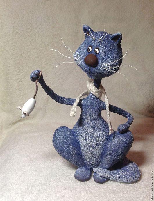 Игрушки животные, ручной работы. Ярмарка Мастеров - ручная работа. Купить Сувенирный, коллекционный Кот мышелов из полимерной глины. Handmade.