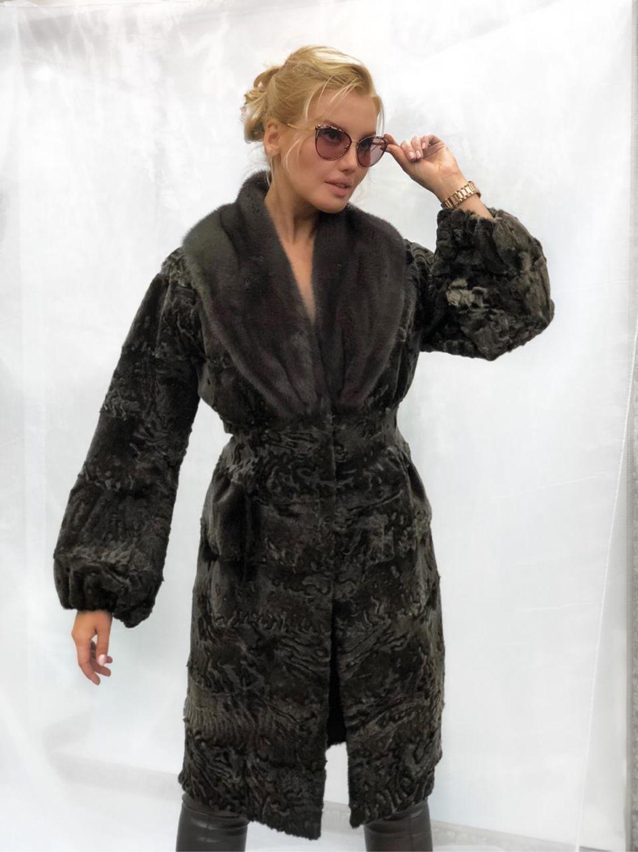 8ace336f204 Пальто из каракульчи с норкой – купить в интернет-магазине на ...