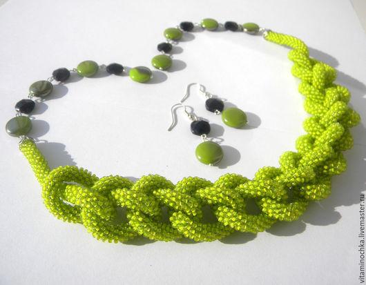 ярко-зеленый лариат, лариат из бисера, лариат купить, лариат из бисера купить, офисная мода, ярко-зеленый