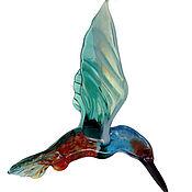 Для дома и интерьера ручной работы. Ярмарка Мастеров - ручная работа Интерьерное подвесное украшение из цветного стекла птица Зимородок Pez. Handmade.