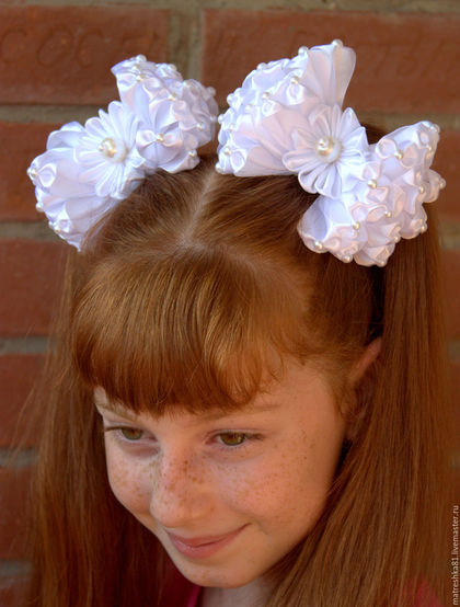Бантики для волос в школу