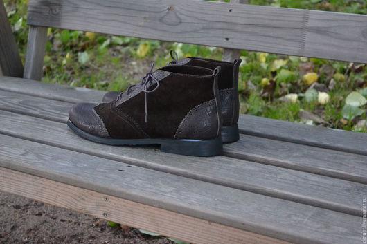 Обувь ручной работы. Ярмарка Мастеров - ручная работа. Купить Женские ботинки комбинированные  на байке. Handmade. Коричневый, шнурок
