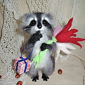 """Куклы и игрушки ручной работы. Ярмарка Мастеров - ручная работа """"Енот"""" игрушка валяная из шерсти. Handmade."""