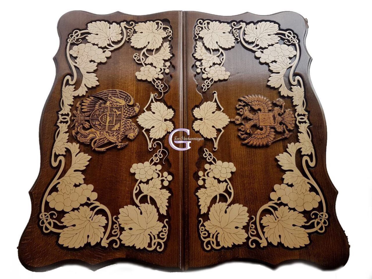 Hand-carved backgammon 'coats of Arms of Russia and Armenia 1' Art. .043, Backgammon checkers, Moscow,  Фото №1