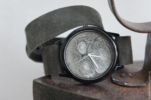 """Часы ручной работы. Ярмарка Мастеров - ручная работа. Купить Часы """"Графит"""". Handmade. Часы, наручные часы, часы для девушки"""