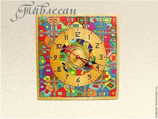 """Часы для дома ручной работы. Ярмарка Мастеров - ручная работа. Купить Часы настенные """"Мозаика"""" квадратные с круглым циферблатом. Handmade."""