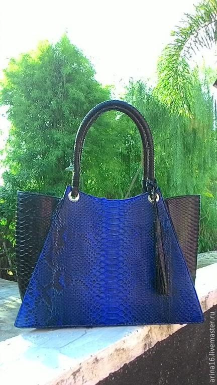 Женские сумки ручной работы. Ярмарка Мастеров - ручная работа. Купить сумка Бриз синяя. Handmade. Синий, кожа питона