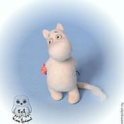Куклы и игрушки ручной работы. Ярмарка Мастеров - ручная работа Смущенный муми-тролль. Handmade.