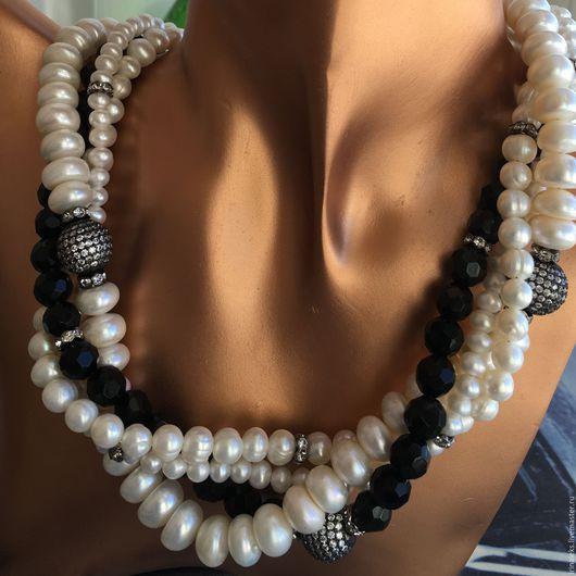 """Колье, бусы ручной работы. Ярмарка Мастеров - ручная работа. Купить Ожерелье """"Чёрное-Белое"""" для бизнес-леди. Handmade."""
