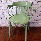 Стулья ручной работы. Ярмарка Мастеров - ручная работа Венское кресло стул с подлокотниками зеленое. Handmade.