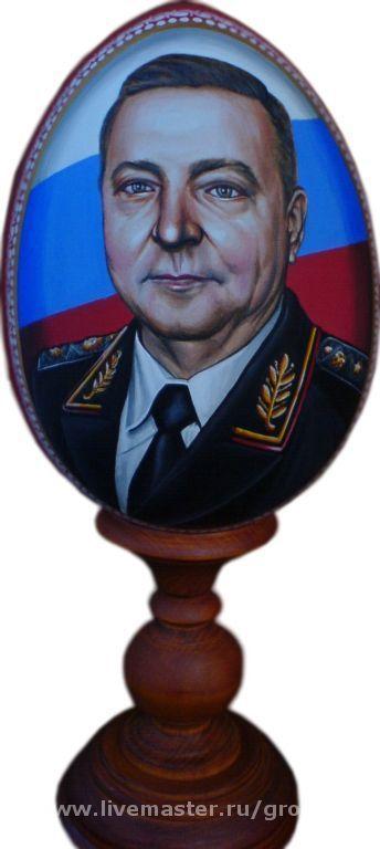 портрет на пасхальном яйце